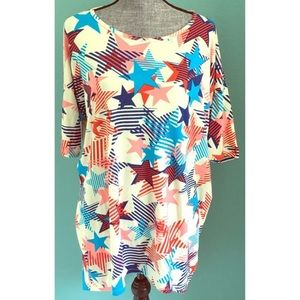 LuLaRoe Irma Stars 4th of July Tee Patriotic NWT M